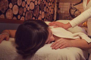 ganzheitlichen Massagen