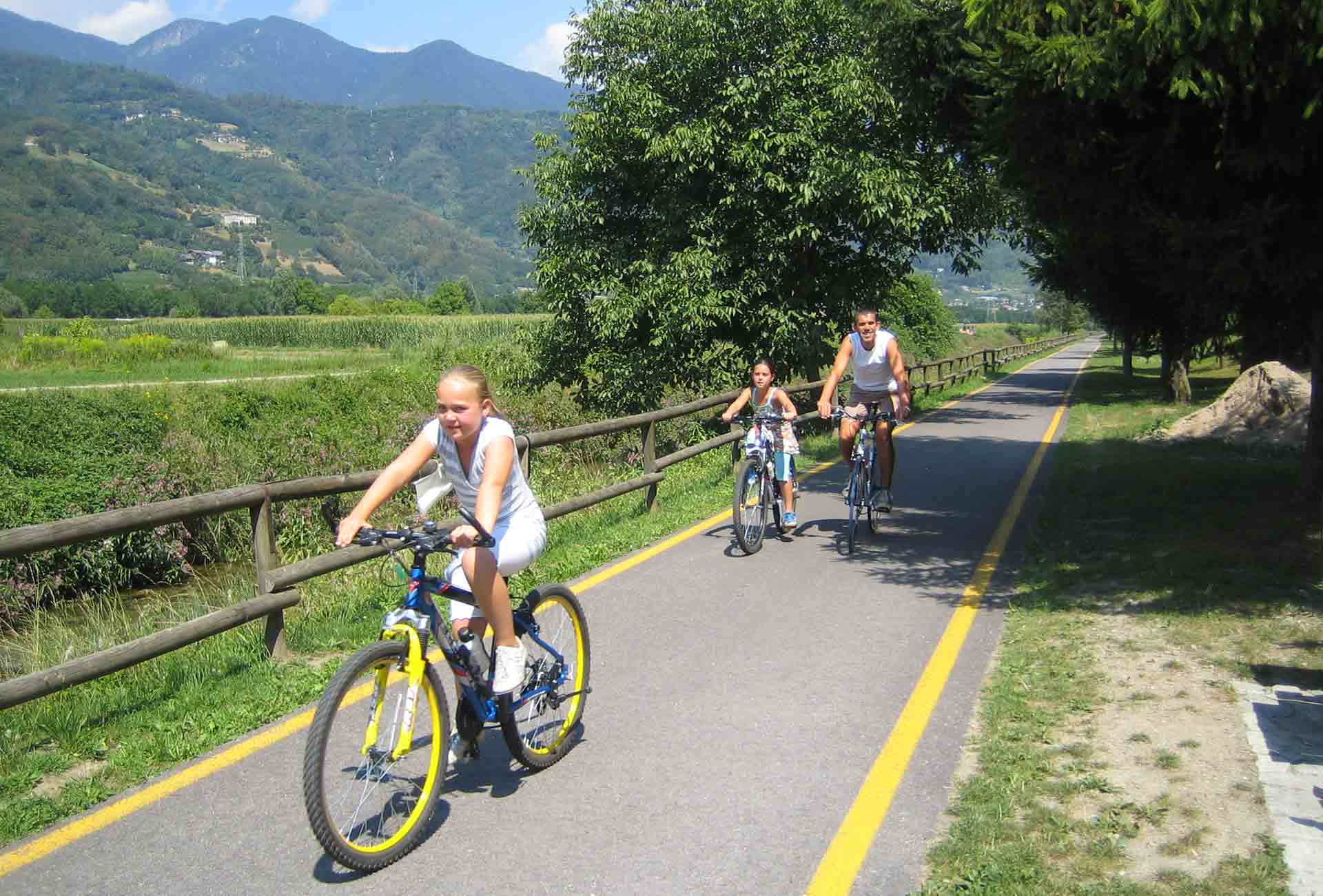 Lake Levico, things to do: cycle paths