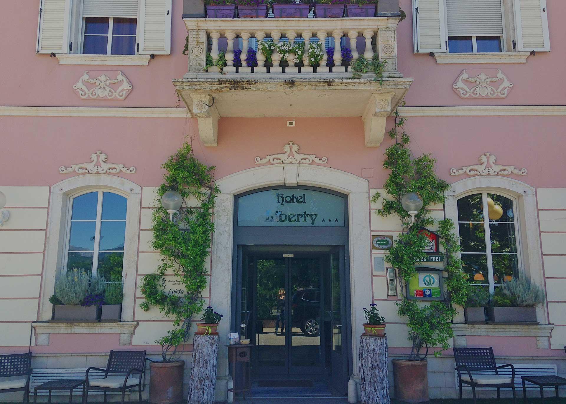 Benvenuti all'Hotel Liberty
