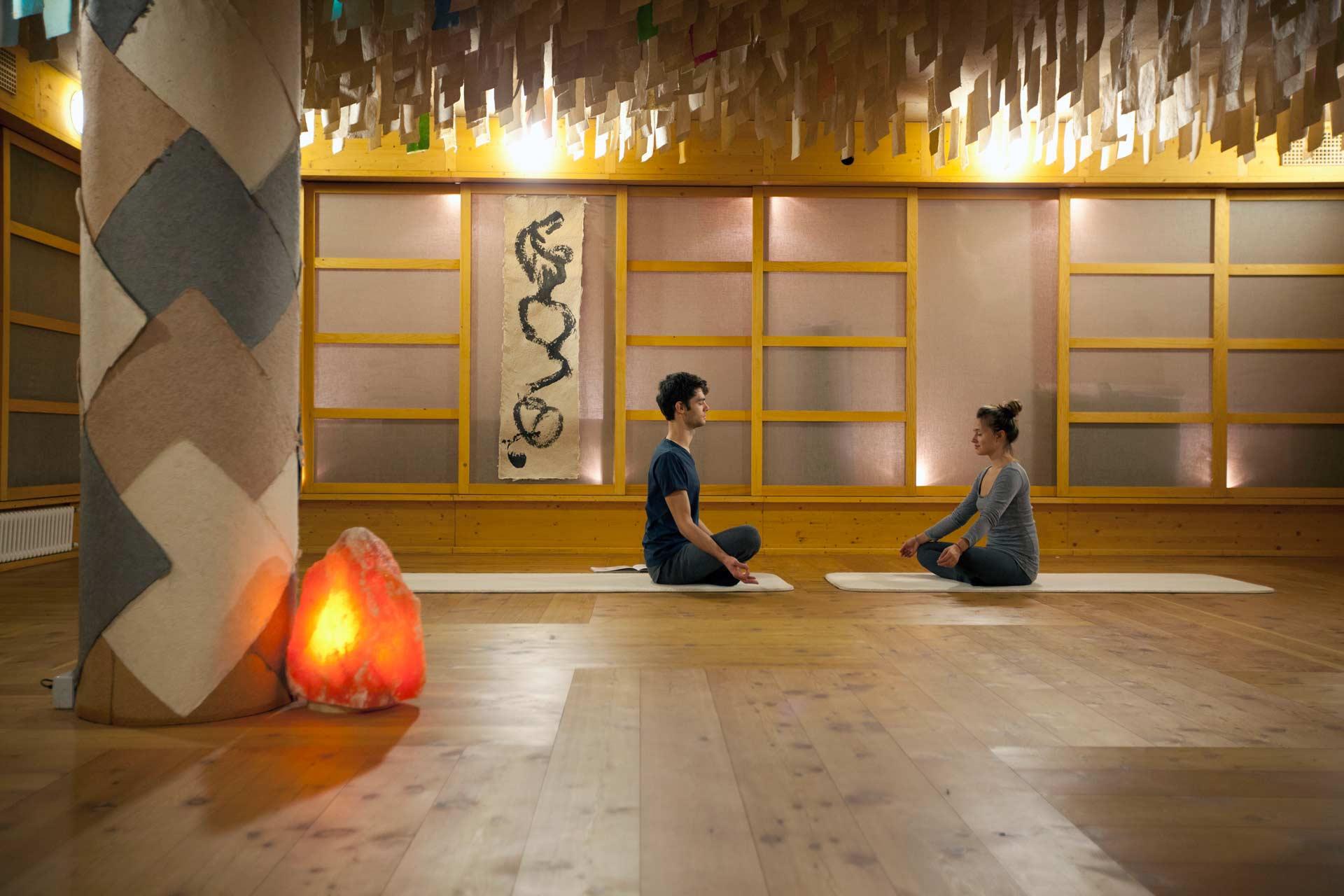 Yoga Hotel: lezioni di yoga Levico Terme e vacanze yoga in montagna